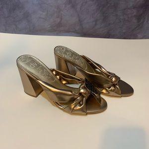 NWT Dolce Vita Metallic Knot Block Heels 9.5